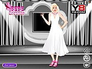 Marilyn Monroe Dressing Up thumbnail